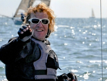 Daryl Geary Sailor. Daryl has been crewing on boats regularly since 2000 and now he races his own dinghy. He has crewed on many different types of boats including; yachts, sports boats, cateramans and dinghies.